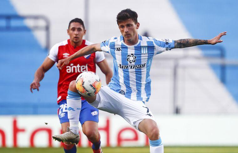 Racing visita a Alianza Lima para recuperar la cima