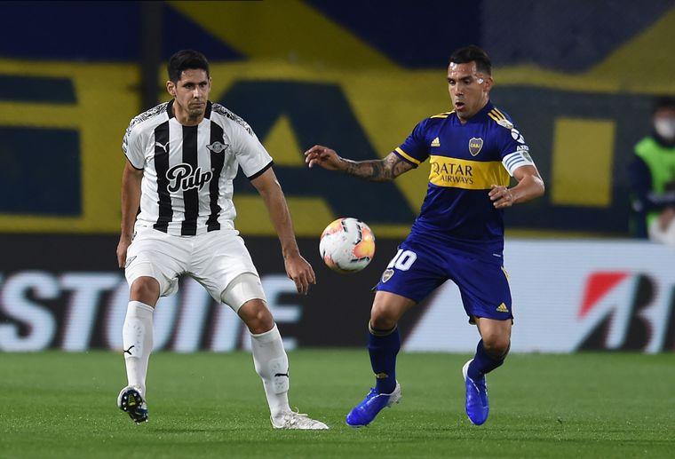 Boca empató sin goles con Libertad y selló su pase a octavos