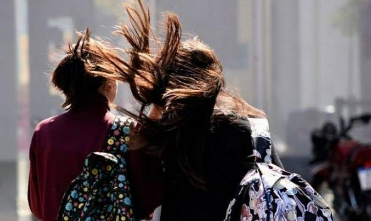Continúa el alerta por vientos intensos para Córdoba
