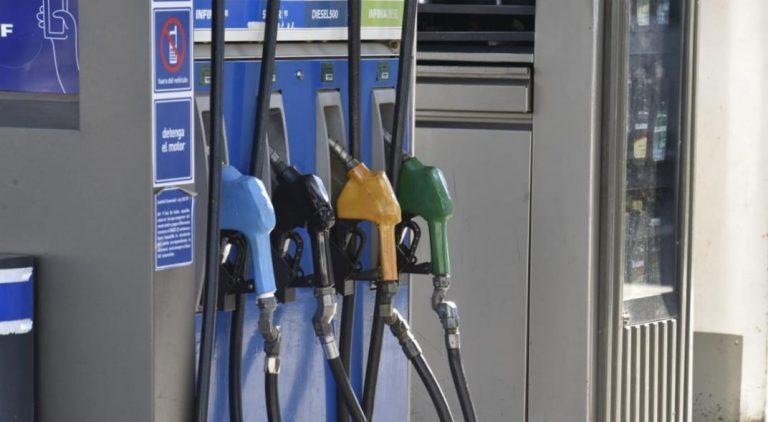 YPF subió 2,5% promedio los precios de sus combustibles