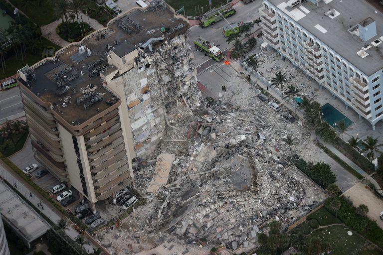Derrumbe en Miami: continúan buscando a 99 personas, entre ellas nueve argentinos
