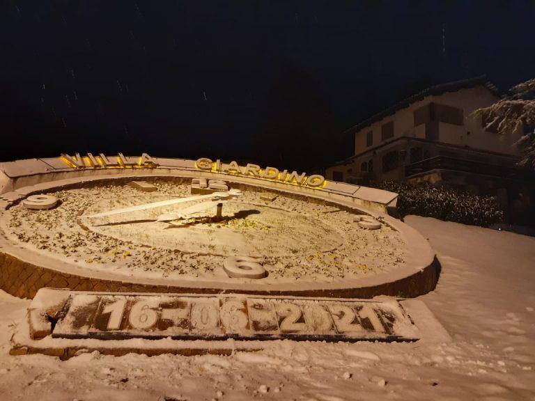 El espectáculo de la nieve llegó al noroeste de Córdoba