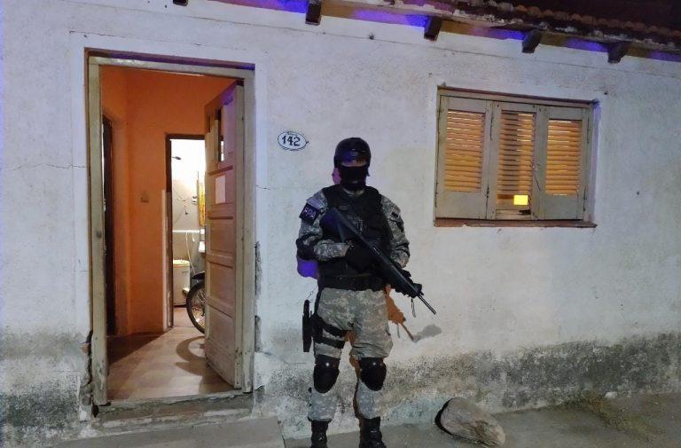 Capilla del Monte: Vendía drogas en la cancha donde su hijo jugaba al fútbol