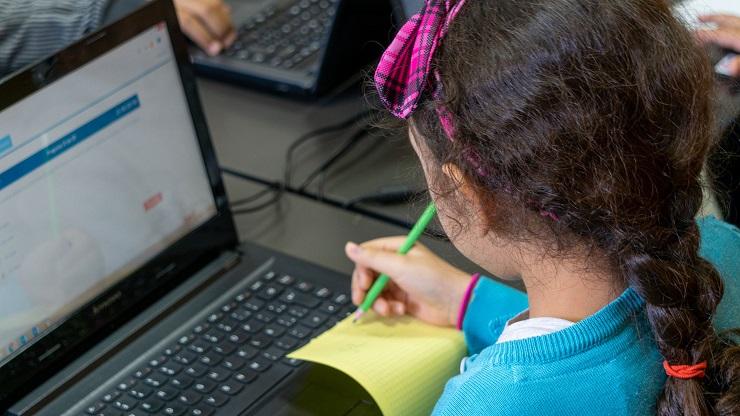 Cruz Del Eje: Aprueban ordenanza para que estudiantes tengan acceso gratuito a internet