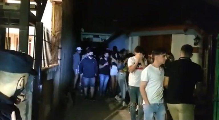 Desarticulan 27 fiestas clandestinas en Córdoba, con detenidos en tres localidades del interior