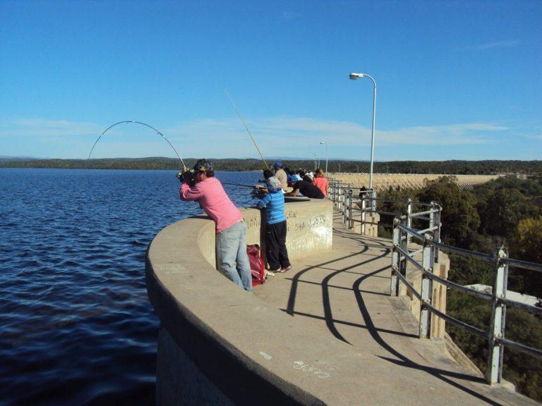 Cruz del Eje: A partir de este sábado se habilita la pesca en el dique